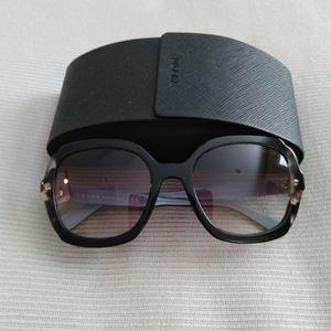 New Prada Sunglasses w Case All offers welcome